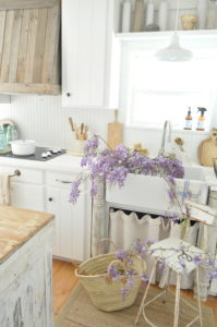 Becky's Farmhouse kitchen