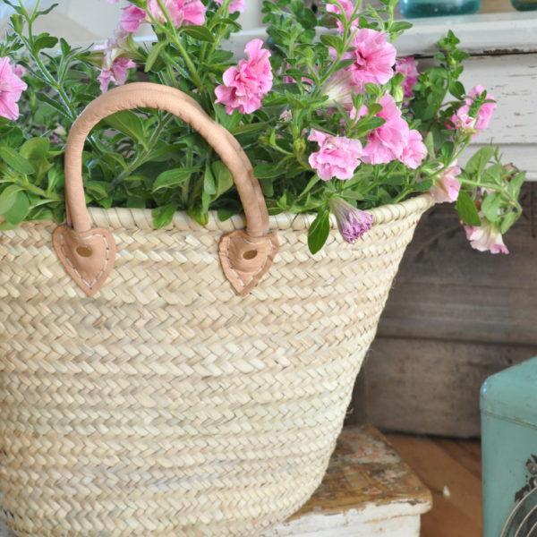 French Market Basket Light Handle