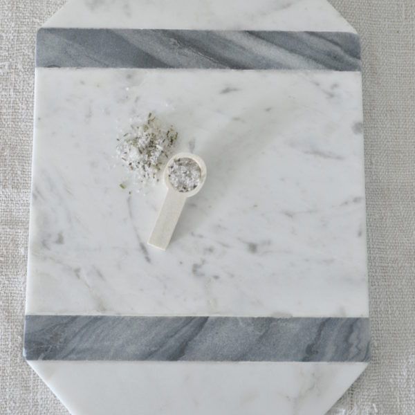 Grey Stripe Marble Cheeseboard 2