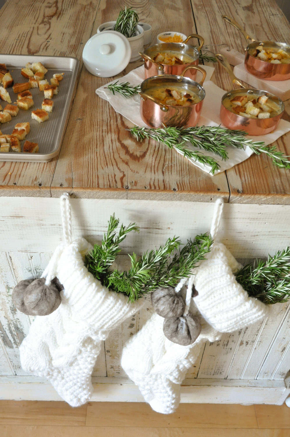 Bed Bath And Beyond Christmas Stockings.Holiday Gift Guide With Bed Bath Beyond Becky S Farmhouse